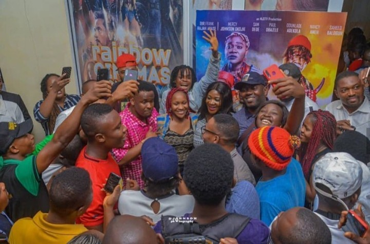 Zubby Michael & Mercy Johnson Spotted At A Cinema, Onitsha Mall (PICTURES)
