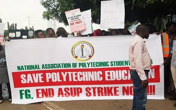 Angry Polytechnic Students Threaten To Disrupt Flights At Abuja Airport (Photos)