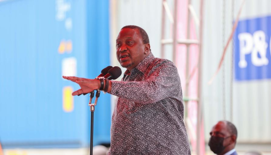 Comment on Uhuru finally reveals why he decided to quit twitter by situs judi slot online