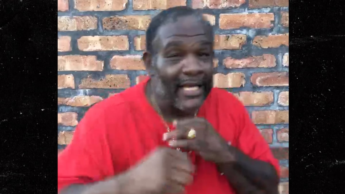 53-Yr-Old Ex-Heavyweight Champ Riddick Bowe Is Returning To The Ring, Boxing In October