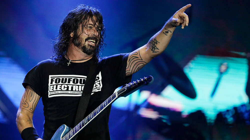Anti-Vaccine Protesters Outside Foo Fighters' First Full Capacity Show