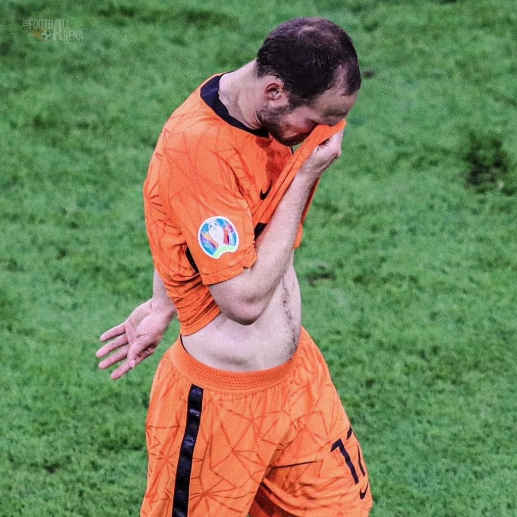 Daley Blind Left The Pitch In Tears When He Came Off