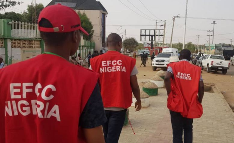 Panic As EFCC Officials Invade Female Students' Hostel At 2am In Ibadan