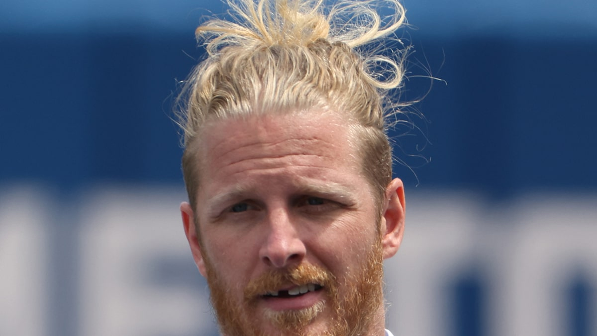 NFL's Cole Beasley On Not Getting COVID Vaccine, 'I'd Rather Die Actually Living'