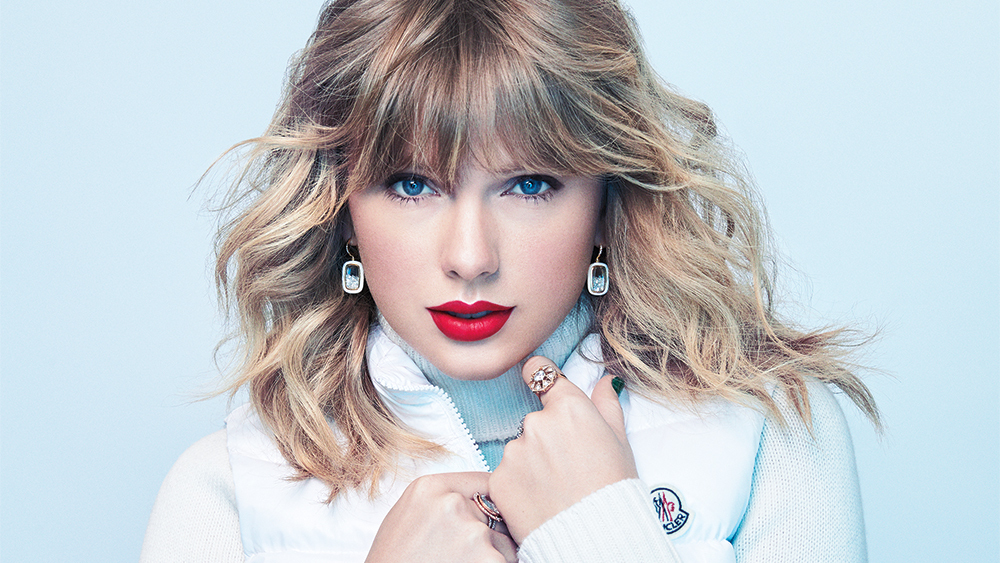 Taylor Swift Sets 'Red' as Next Re-Record