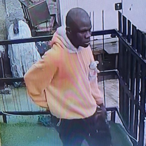 CCTV Captures Robbery Inside A Salon In Lagos