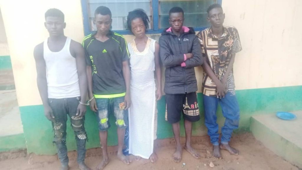 5 Kidnappers Arrested In Ogun While Collecting Ransom For Boy They Abducted