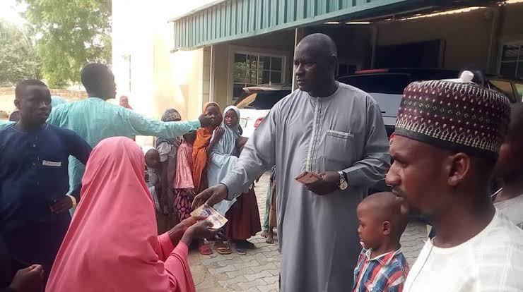 Video Of Ibrahim Abuna Throwing Money At Constituents Sparks Outrage
