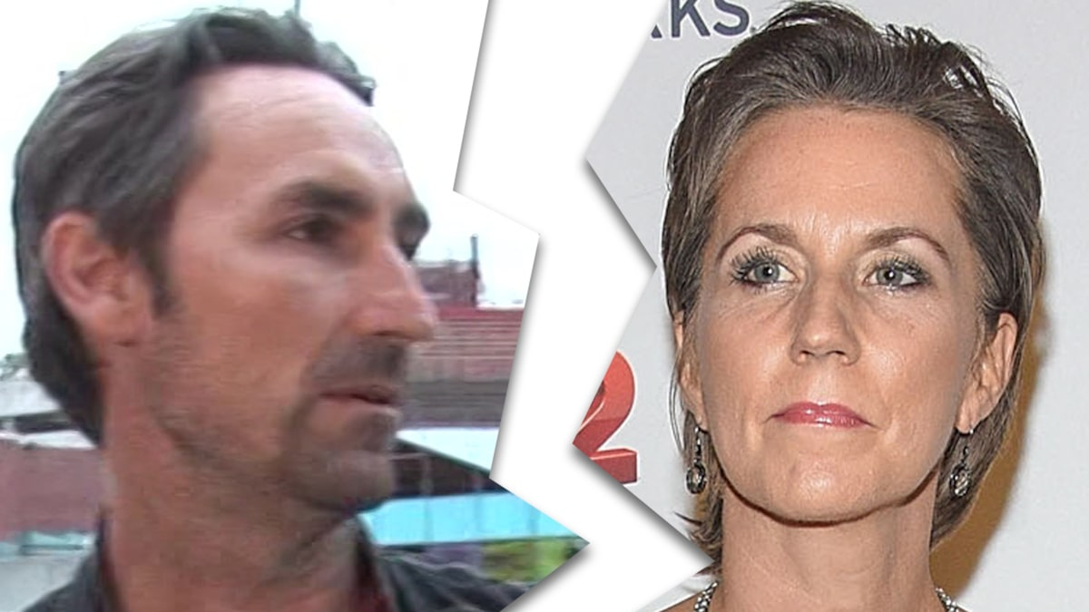 'American Pickers' Star Michael Wolfe's Wife Files for Divorce