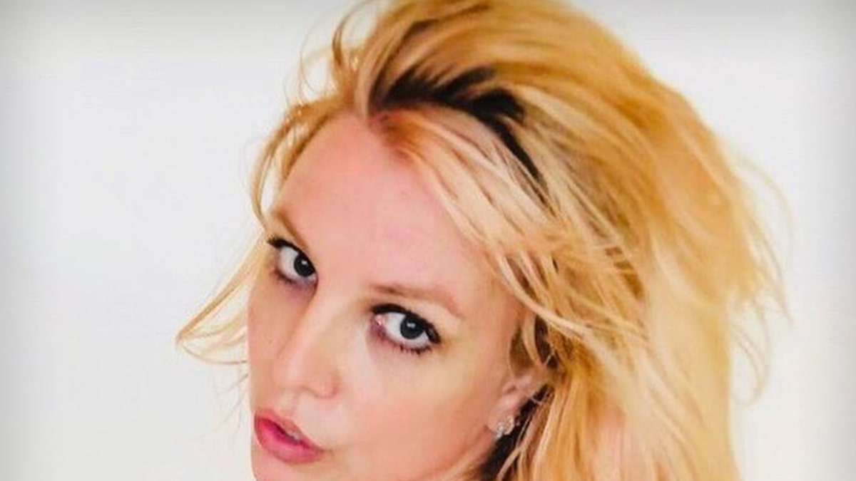 Britney Spears Rips Those Who 'Never Showed Up,' Possibly Aimed at Sister