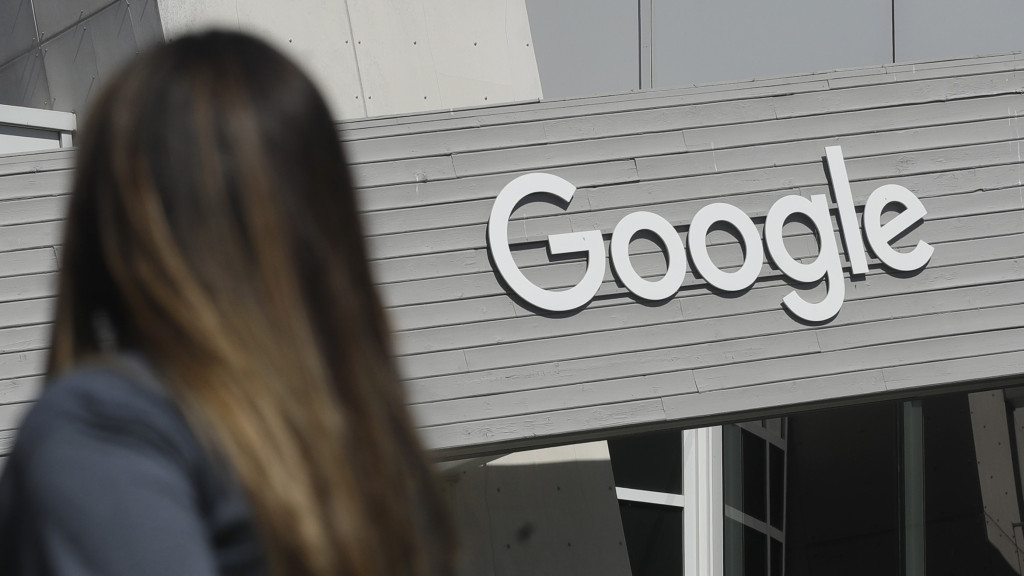 Google, Facebook Mandate Employees Be Vaccinated to Return to Office