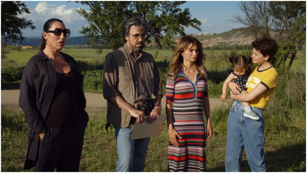 Pedro Almodovar's 'Parallel Mothers' with Penelope Cruz to Open Venice