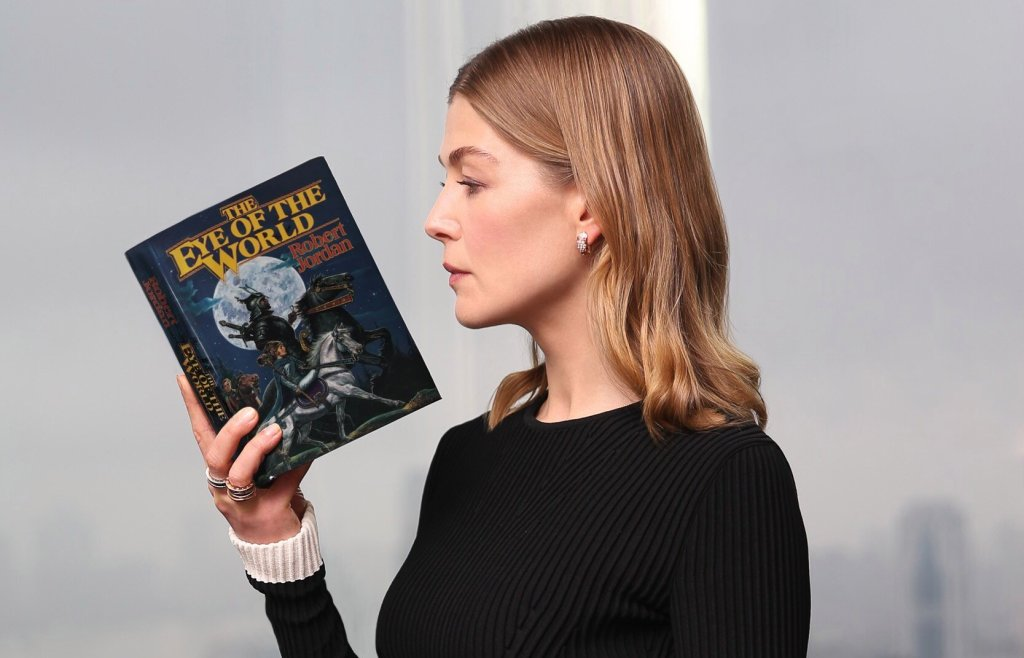 'The Wheel of Time' Comes to Amazon in November (Comic-Con News)