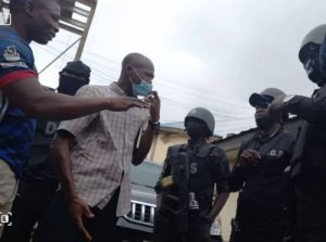 DSS Operatives Harass CmaTrends Journalist For Taking Pictures Of Activists Arrested At Dunamis Church
