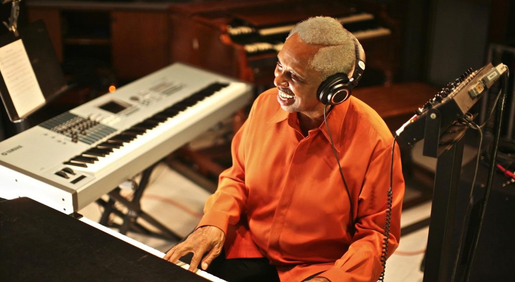 Clarence McDonald Dead: Keyboard Player, Writer and Producer Was 75