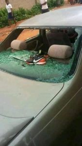 Drama As Two Married Men Allegedly Fight In Public Over A Woman In Benue, Destroy Car (Photos)