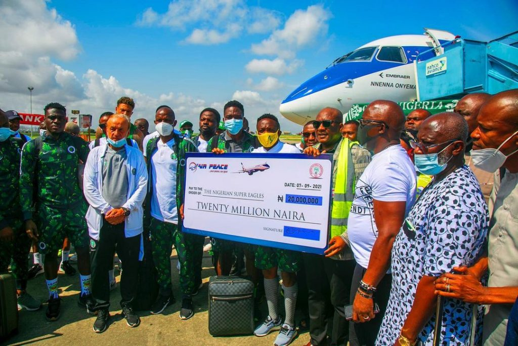 Air Peace Redeems N20m Pledge To Eagles For Away Win Vs Cape Verde
