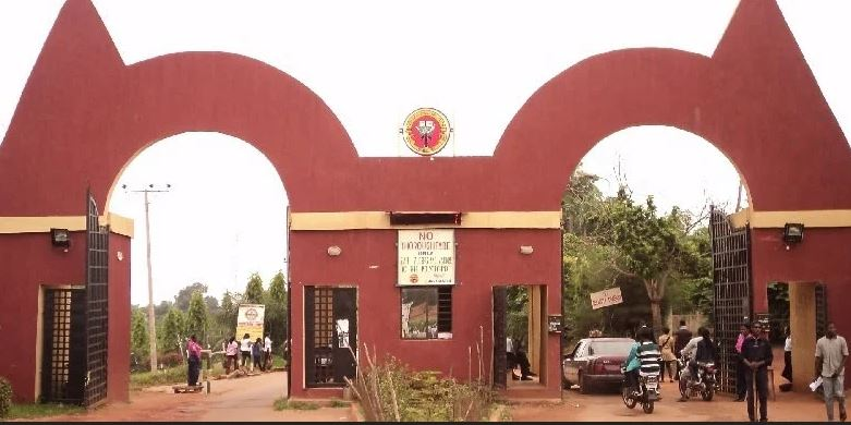 Auchi Poly Student Commits Suicide, Leaves Note And Wills Phone To His Girlfriend