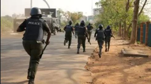 Drama As Police Arrest PDP Chief For Kidnapping, Murder In Ebonyi